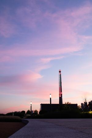 evening sky at riverside park Imagens - 85814814