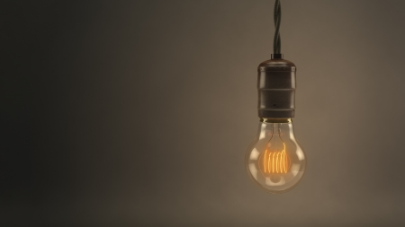 Vintage Hanging Light Bulb 免版税图像