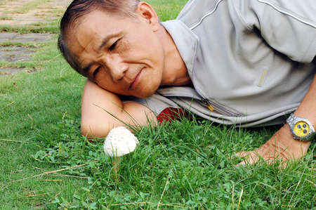 non  toxic: A Man who Research the Wild mushroom which is Toxic or Non-toxic