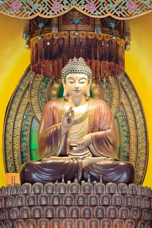 A majestic and Peaceful Chinese Buddha Statue