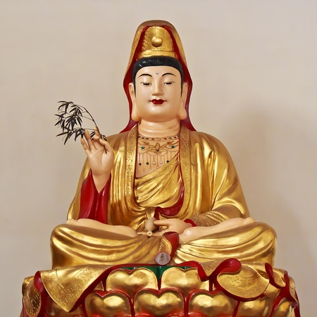 A majestic Chinese Buddha Statue of Guanyin Bodhisattva Stock Photo - 16689758