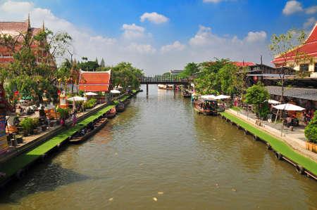 Life along the Sansab canal in Bangkok Thailand