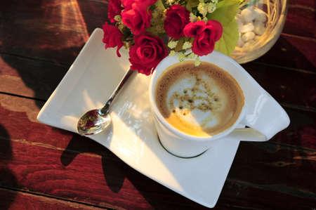 relent: torsione bianco tazza di caff� � aumentato