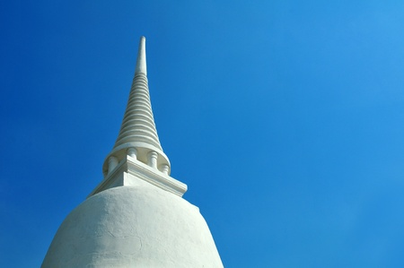 fulfil: white Pagoda with blue sky
