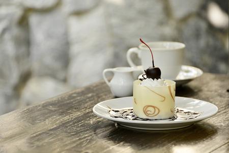 relent: bianco torta al cioccolato con il caff� Archivio Fotografico
