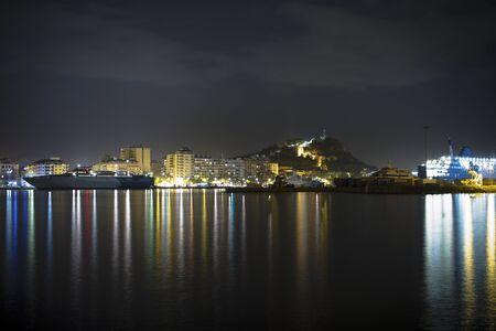 Night port Stock Photo - 16692784
