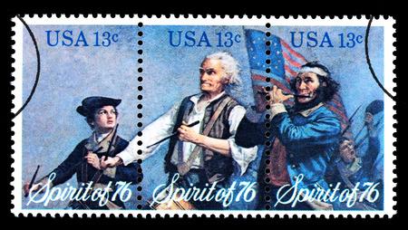 triptico: ESTADOS UNIDOS AMERICA - CIRCA 1976: 3 sello impreso en los EE.UU. para el bicentenario, alrededor del año 1976