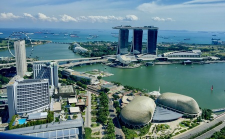 View of Singapore Marina Bay Stock Photo - 92633351