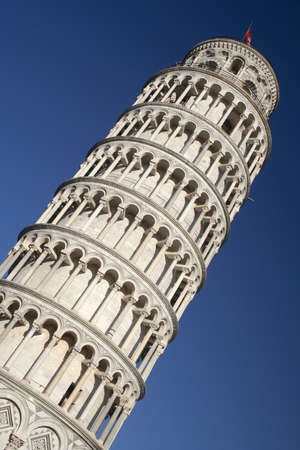 The Leaning Tower of Pisa against a blue sky Stock Photo - 12001772
