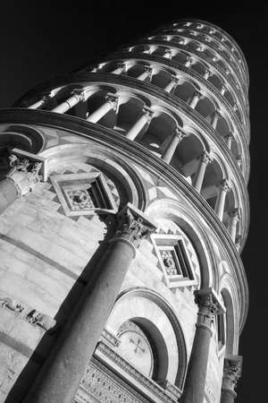 Black and white image of the Leaning Tower of Pisa Stock Photo - 14803188