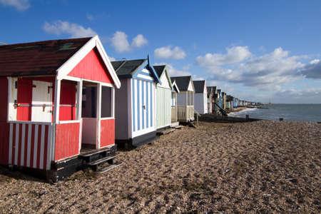 Thorpe Bay, Southend-on-Sea, Essex, England 근처의 해변 오두막