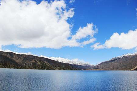 kandinsky: mountain and lake scenery