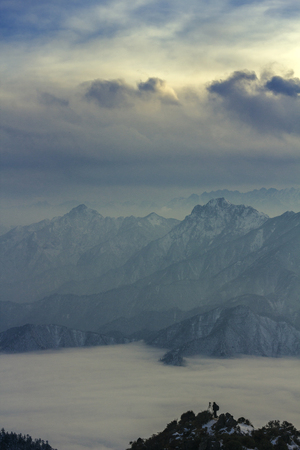 cloud capped: Mountains scenery
