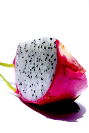 krew  mang  kron (dragon fruit)