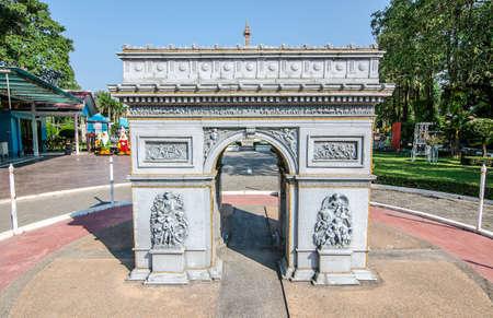 replica: Arc De Triomphe Replica at Mini Siam in Pattaya, Thailand Editorial