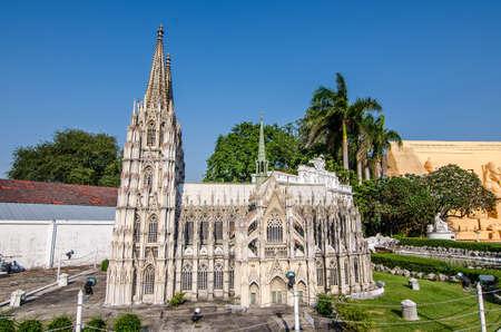 replica: Cologne Cathedral Replica at Mini Siam in pattaya