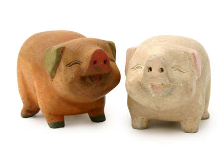 bulbous: Cheerful and decorative piggy wood carvings for interiors or as gifts