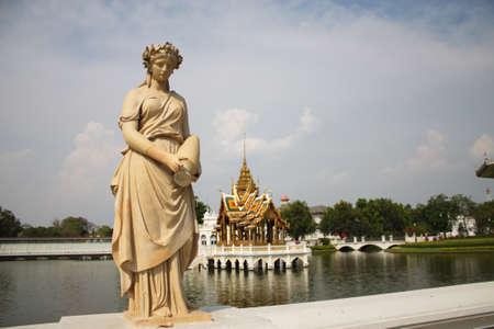 Statue at Bang Pa-In Palace photo