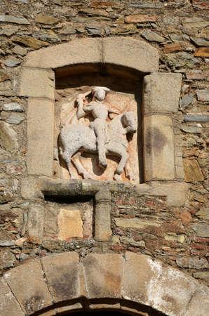 セントジェームス湿原-スレイヤー、アーク「アルコ デル Cubo」(17 世紀) の騎馬像の詳細は、サフラ町外北ゲートに対応します。塔は聖ヤコブ