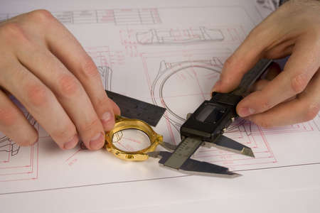 body dimensions: Work process of watch engineer