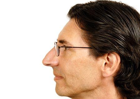 nariz: El hombre de negro camisa