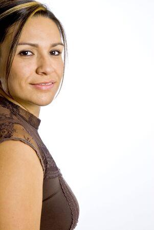 ヒスパニックの女性、カメラに笑顔