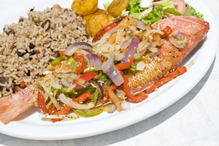 red beans: Fried Whole Red Snapper with Vegatables and Rice Stock Photo