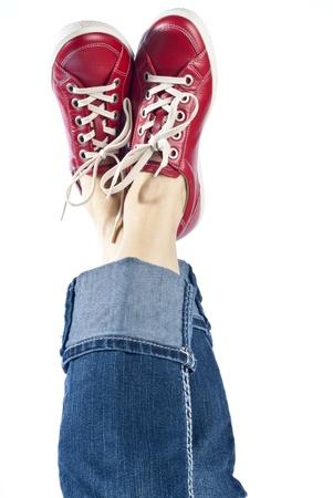 Vrouw Modellering Rode Lederen Sportieve Schoenen