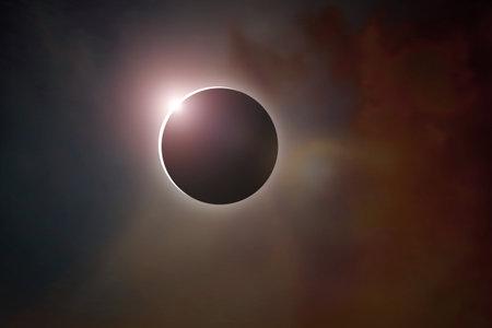 Sun ring phenomenon: Total solar eclipse