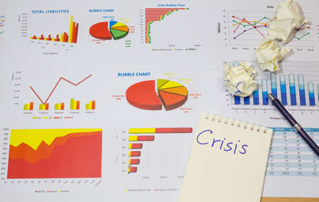 collapse: informe financiero de la burbuja gráfico de la crisis, la recesión espectáculo del colapso económico