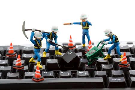 repairing: concepto de reparaci�n de equipo - los trabajadores la reparaci�n de teclado