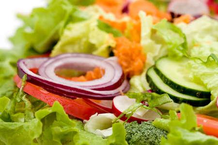 ensalada verde: fresca ensalada mixta de verduras estudio disparos
