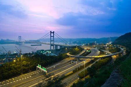 ma: Tsang Ma bridge in dusk - the world biggest hanging bridge