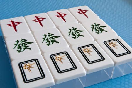mahjong tiles of center, rich, blank
