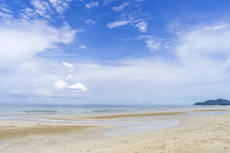 Beach sea mountain and blue sky cloud Reklamní fotografie