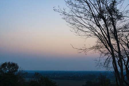 atmosfera: La atmósfera de la mañana en la montaña