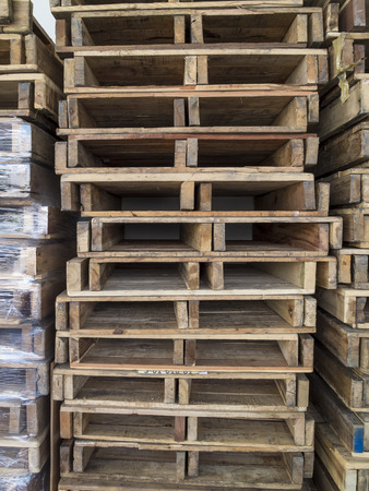 pallets: Wood Pallets for storage of Warehouses Stock Photo