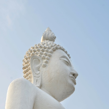 White Buddha statue photo