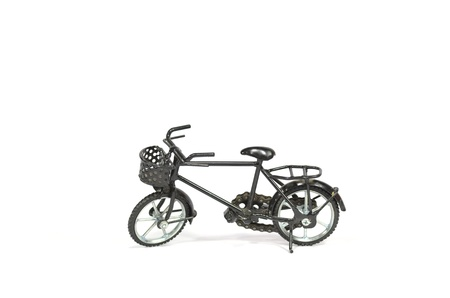 cruiser bike: Black cruiser bicycle, isolated on white.