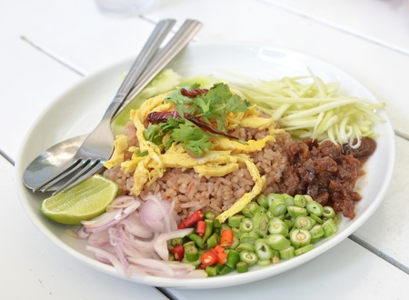 Thai Food Combo Fried Rice With BBQ pork and Salad Stock Photo - 16014008