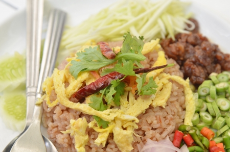 Thai Food Combo Fried Rice With BBQ pork and Salad Stock Photo - 16213085