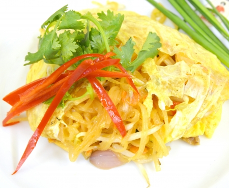 Thai food Pad thai , Stir fry noodles with shrimp Stock Photo - 17813134