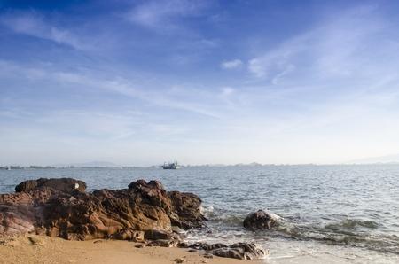 the clear sky: puesta de sol y playa