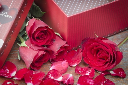 Pictures of roses and gifts for Valentine's Day. photo