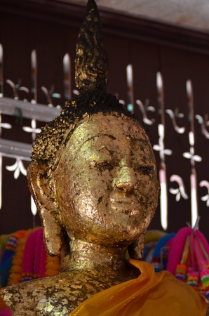 aukana buddha: buddha statue Stock Photo