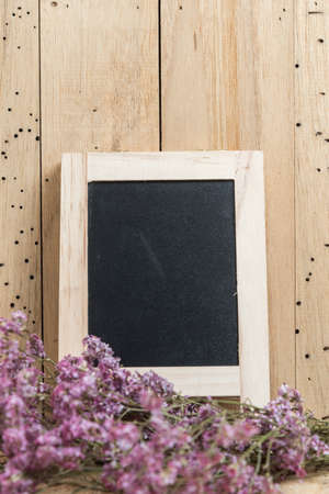 wooden board: black board with flower for use