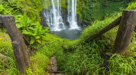 si: Beautiful waterfall in Laos