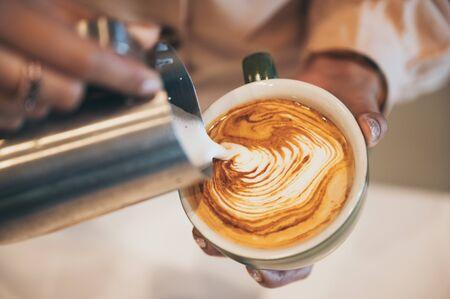 coffee latte art, coffee cup