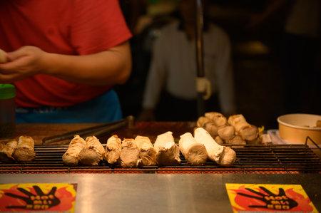 Taiwan street food, Asian street food night market, Regional food
