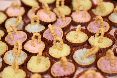 Bunte traditionellen Desserts in Thailand Standard-Bild - 39993122